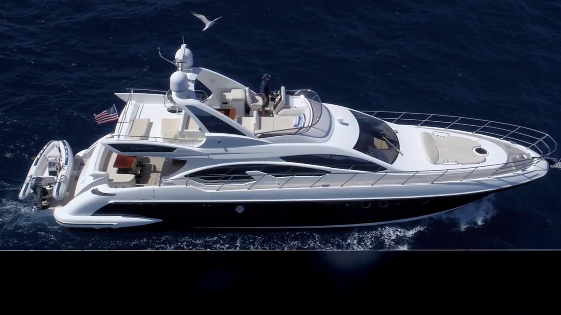 2013 Azimut Fly Bridge For Crafts Yachts