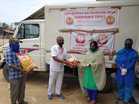 Sri Sathya Sai Annapoorna Trust Aid The Needy Amid COVID-19 Crisis