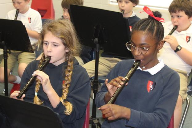 Lamar School Link Up students