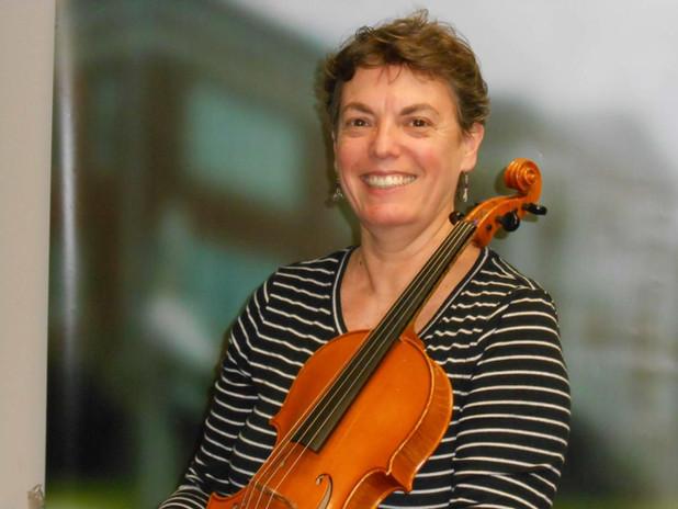 Daniela Pardo, Violin & Viola