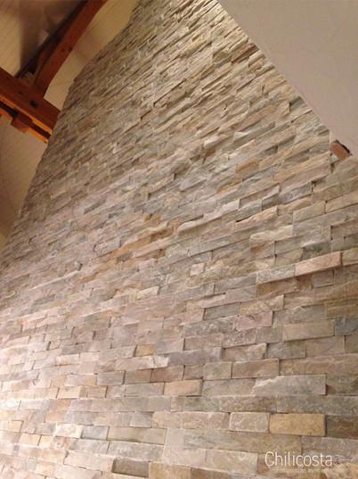 Pose et taille de pierres de parement