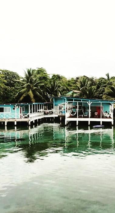 Nuestra casa sobre el mar.