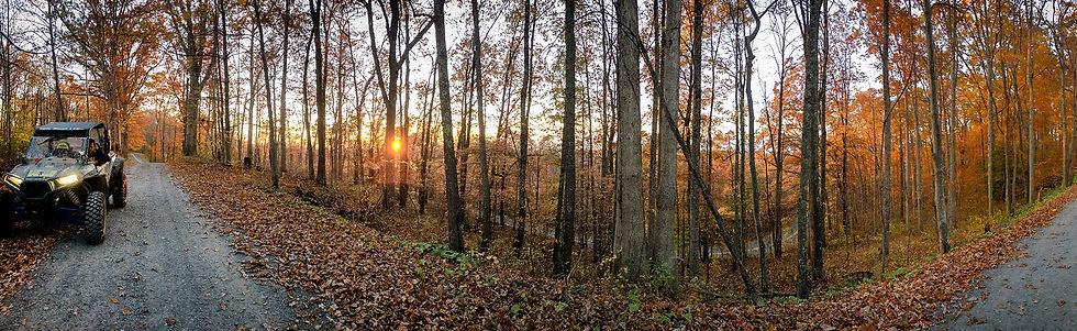 Autumn Trail Pano IMG_8665_1920x589.jpg