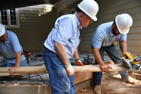 Bob Luckett & Crew work on the job site.