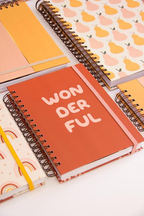 Caderno Médio Wonderful