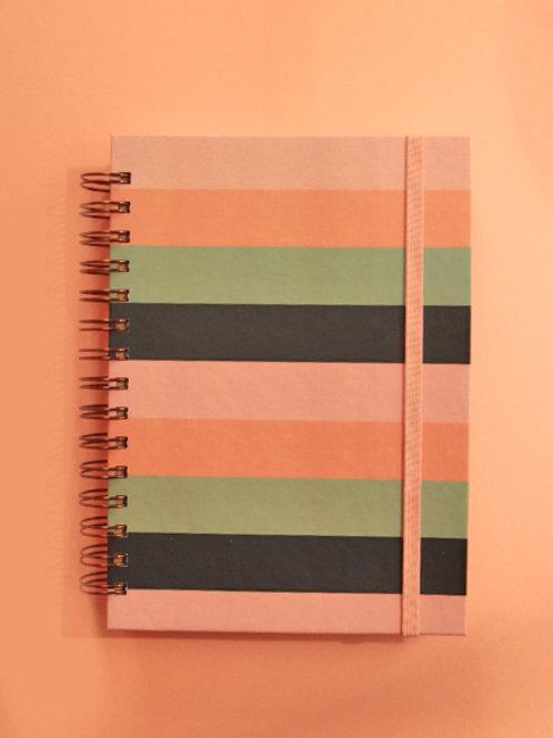 Caderno Médio Listrado Tropical