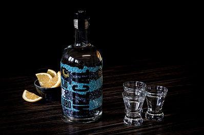 Flaschen- und Mezcal-Shots.sm..jpg
