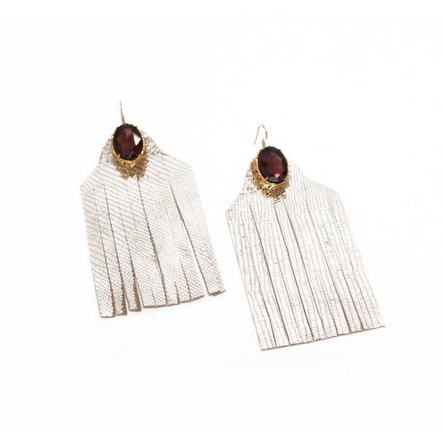 Estremamente Orecchini in pelle con frange oro | Lidia Mallia | Atelier SQ67
