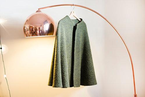 Mantella in Tweed