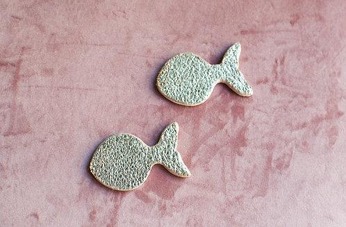 Orecchini pesci in legno e pelle