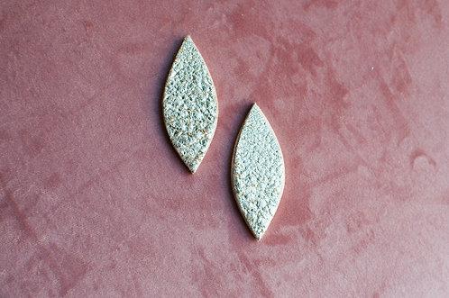 Orecchini foglie in legno e pelle
