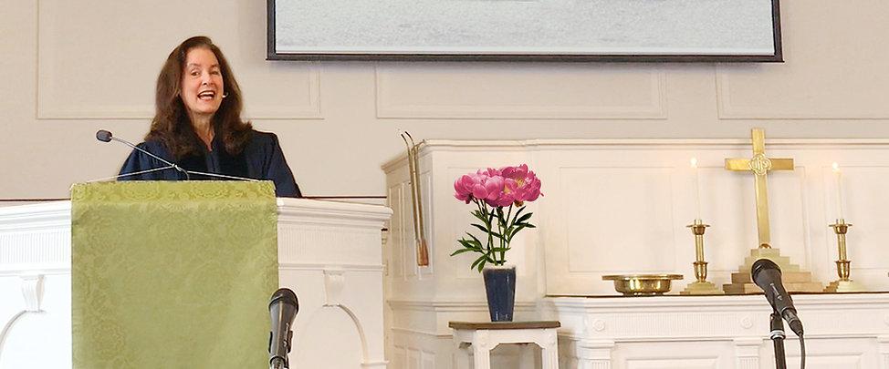 Lisa-Preaching.jpg