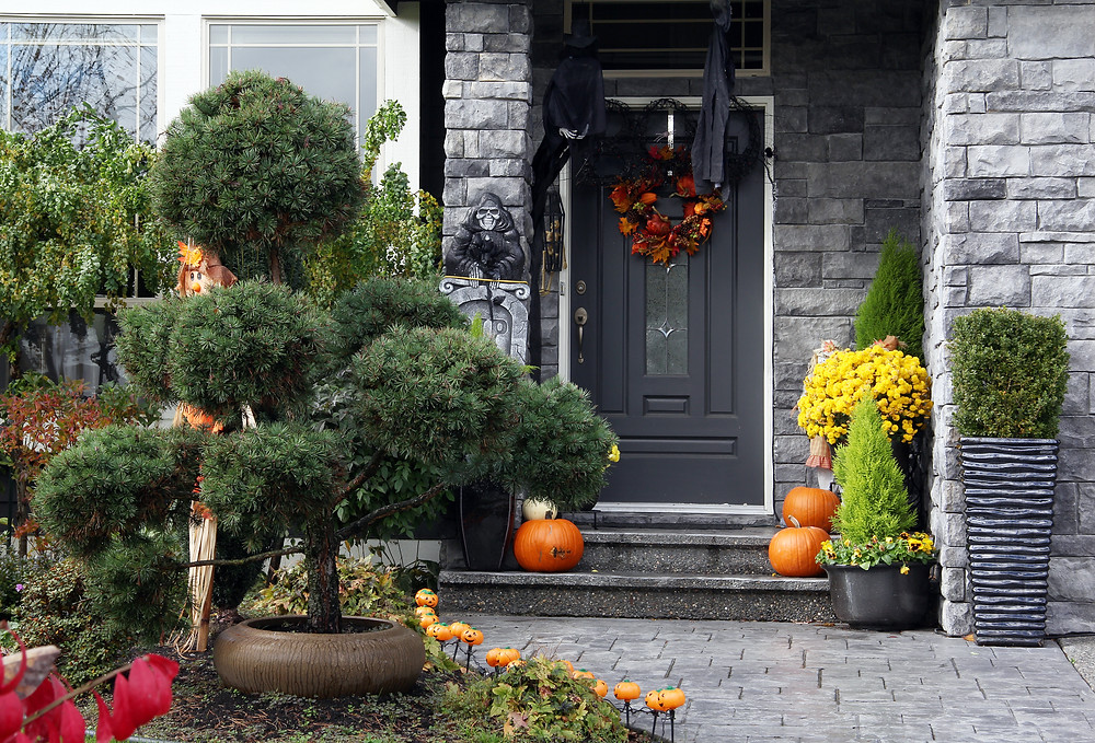 home decorated for autumn