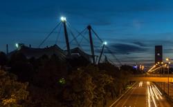Blaue Stunde Blick zum Olympiapark