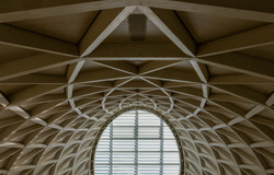 Decke der Holzkirche