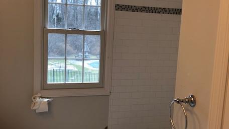 after bathroom 3.JPG