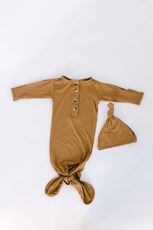 Knotted Baby Gown and Hat Set - Camel Brow