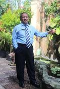 Drs. M. ALI MUDHOFAR, MM (GURU PKn), PER