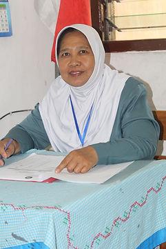 Dra. MURYANI (GURU MATEMATIKA), Jl. DONO