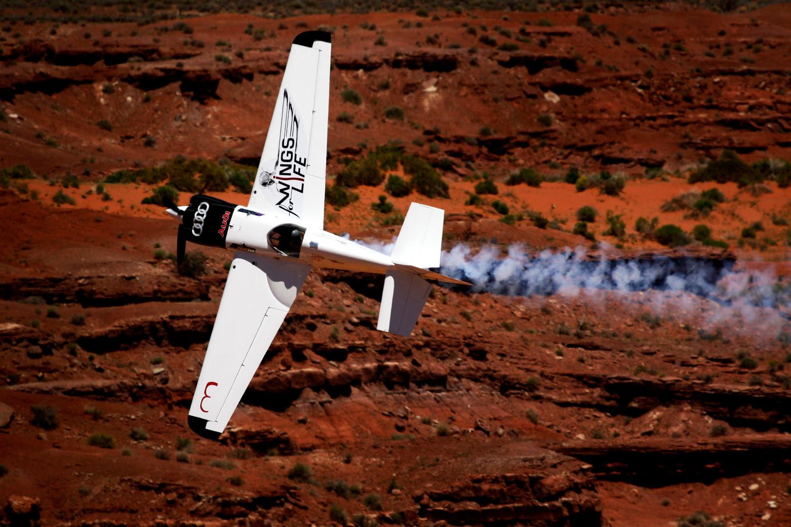 debotech carbon fiber plane