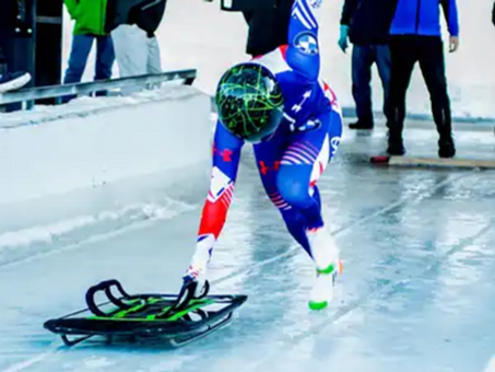 Henry and Uhlaender tie for women's skeleton victory with track record runs;Florian breaks record