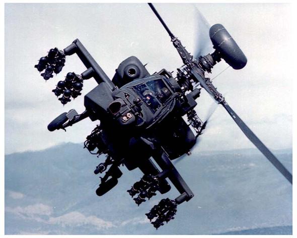 apache_helicopter_in_flightjpg