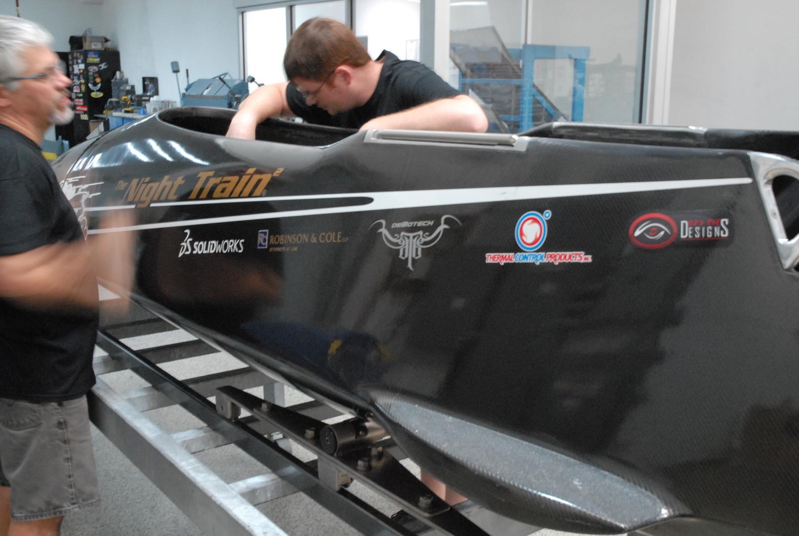 debotech night train team carbon fiber