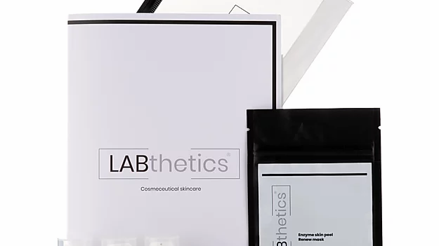 LABthetics at home MINI facial kit..