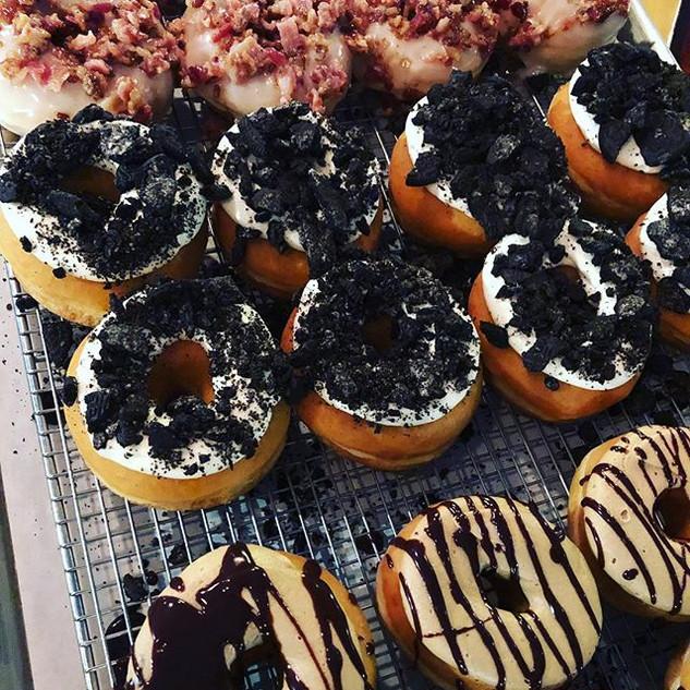 DOUGHNUT SATURDAY!! 🍩🍩_Flavors _ maple