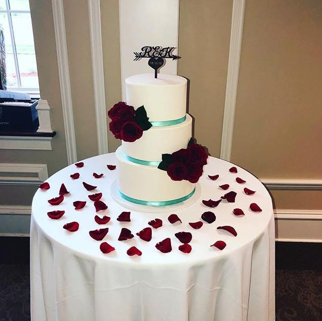 Congratulations Kate & Robert 💍 Beautif