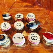 Make Up & Fashion Themed Cupcakes
