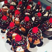 Fudge Sundae Cupcakes