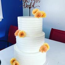 Summery Buttercream Wedding Cake, congra