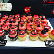 Workout Themed Cupcakes for GH2 Fitness