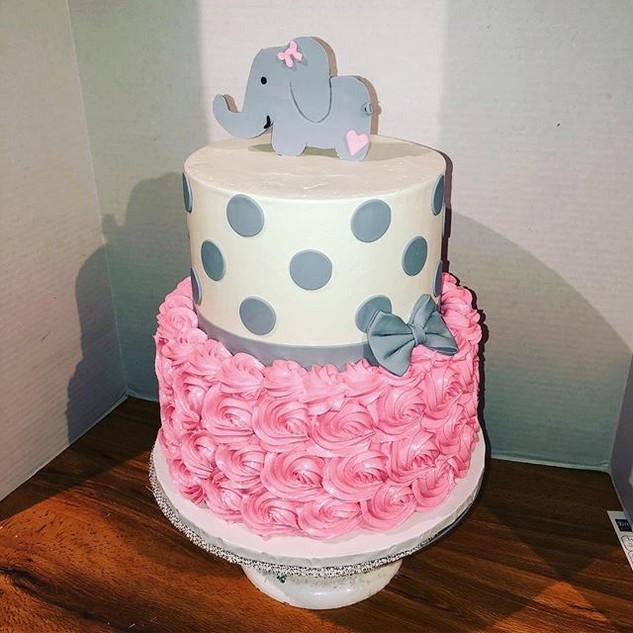 Pink Elephant Cake 🐘 #elephant #cake #b