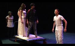 9. Agamemnon Arrivée d'Agamemnon et Cassandre.png