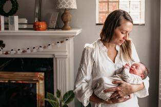 St. Louis Newborn Photographer-3.jpg