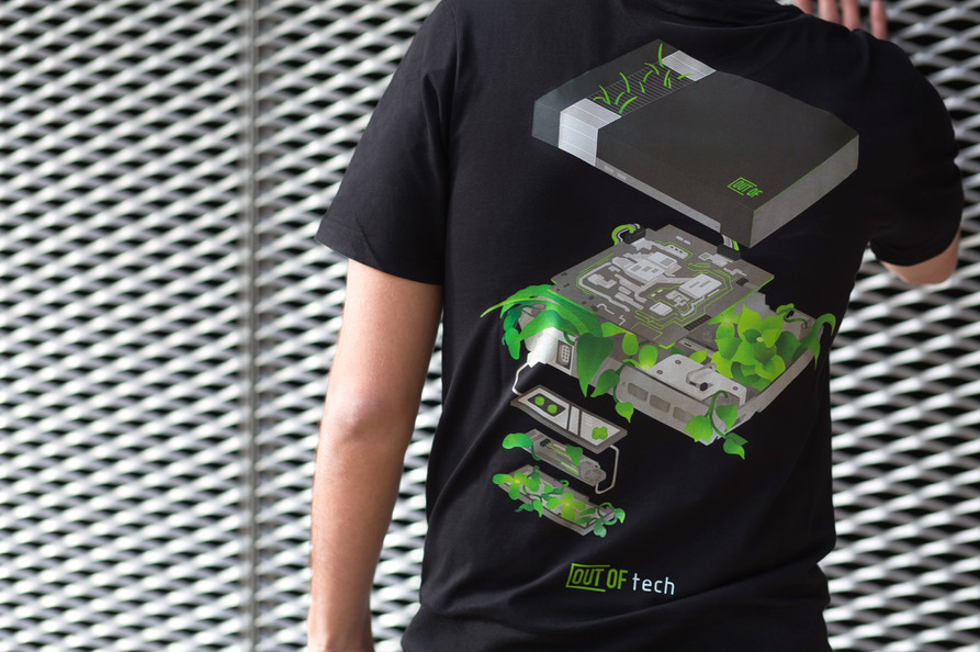 NES (Dark Mode) Tshirt
