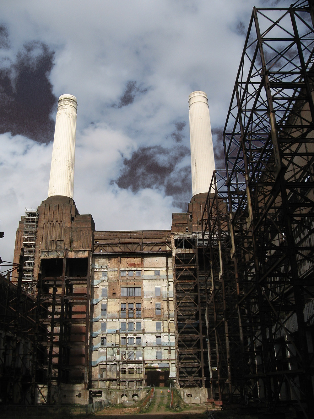 Battersea power station interior by Simon Keizer