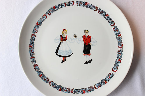 Hardanger Norway Dancers Plate