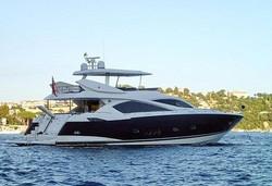 Motor Yacht SUNSEEKER 82'