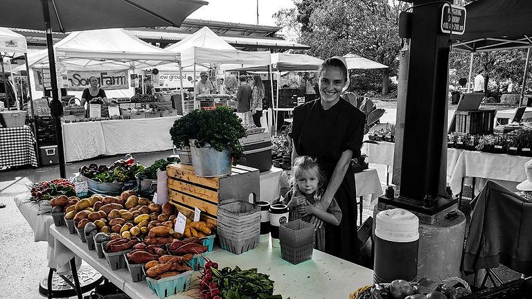 Fresh produce_happy lady2.jpg