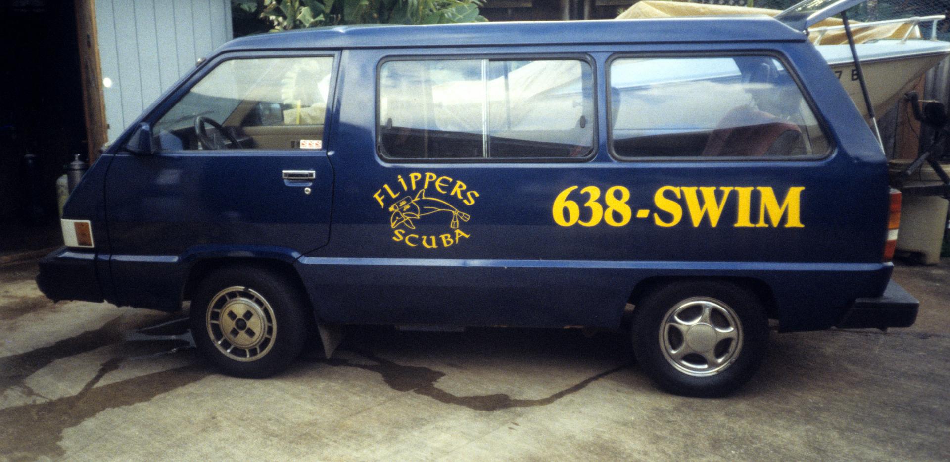 DE Story Flippers Van.png