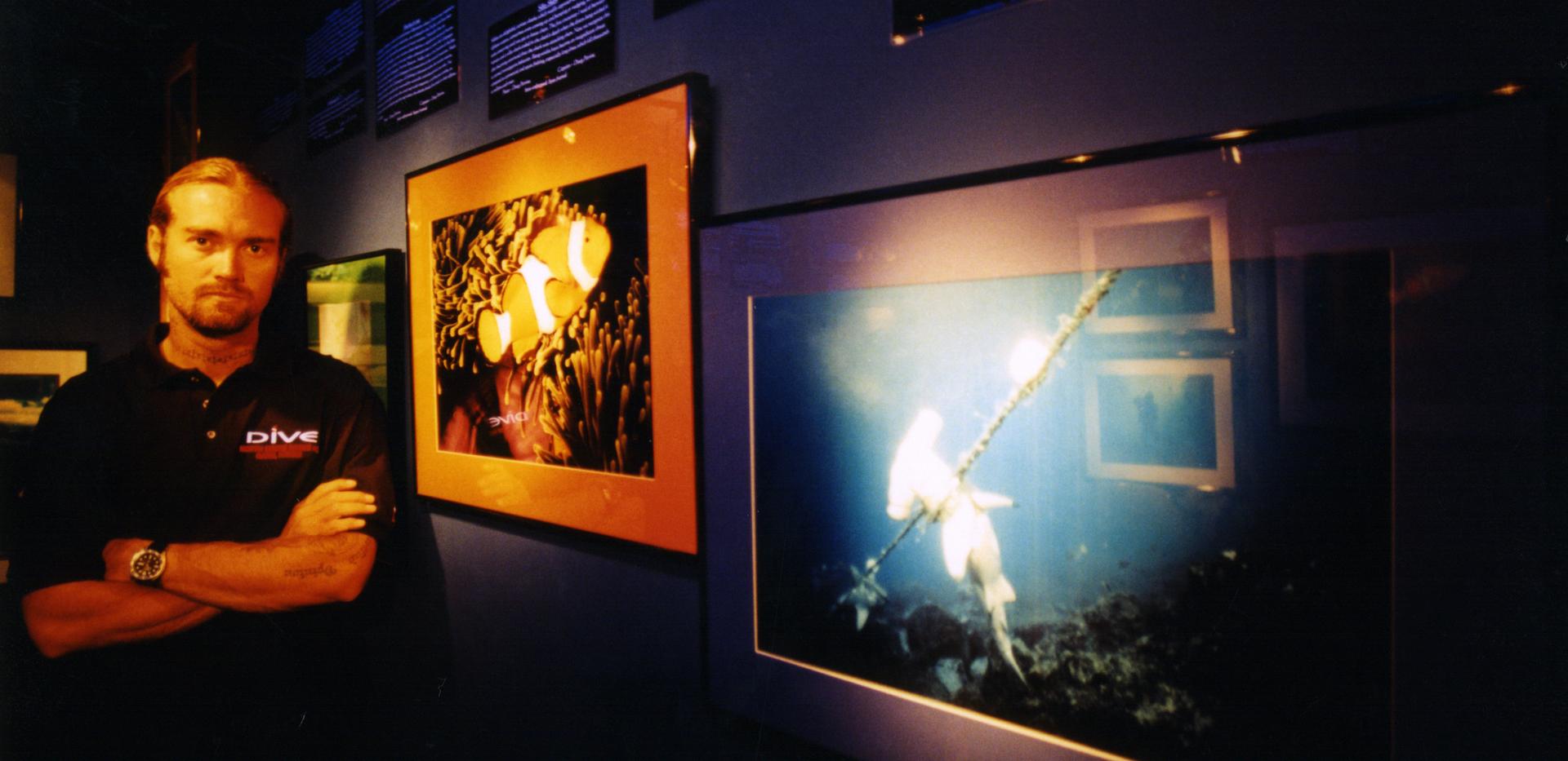 DE Story Shop Ken Gallery.png