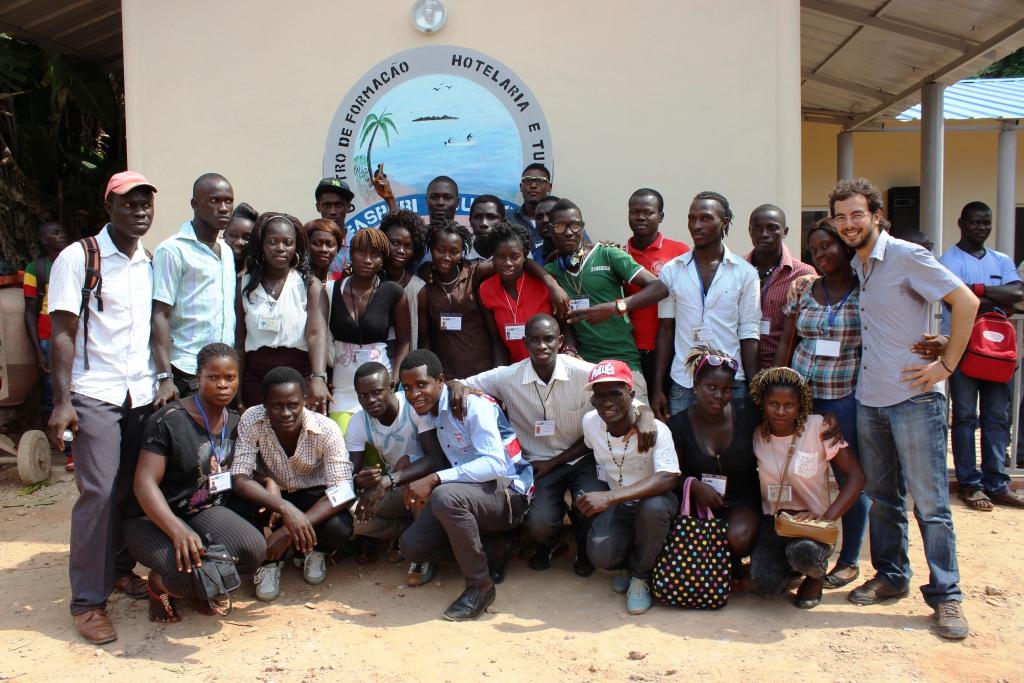 Bubaque: inauguração da escola