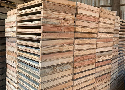 beehive cover lids for pallet top.jpg