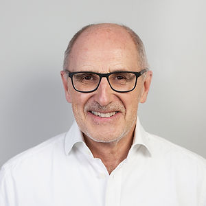 Dr. med. Bernhard Schmitz, Facharzt für Orthopädie und Rheumatologie