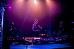 Zoe DJ Artist Dances