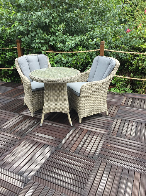 Seychelles Bistro set with Comfort Arm Chairs with Cushions