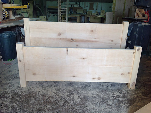 Shown unpolished 5ft Rustic Bed
